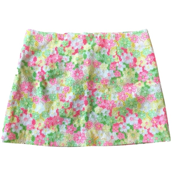 Lilly Pulitzer Dresses & Skirts - Lilly Pulitzer Floral Sunbonnet Lace Tate Skirt